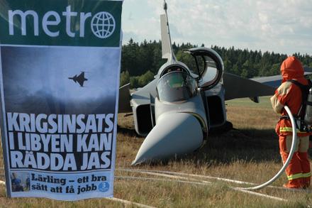 Det svenska JAS-planet ritades med svängd nos för att kunna gira skarpt åt höger.