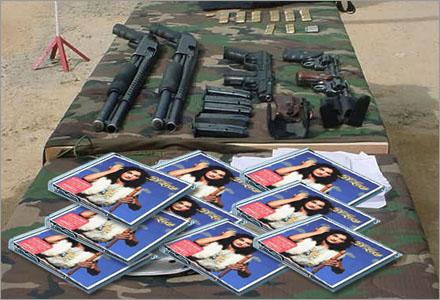 """Ett stort parti av Thomas Di Levas album """"Själens Krigare"""" har på något vis hamnat hos den Colombianska Farc-guerillan."""