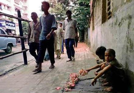 Gatubarn över hela Indien firade uppskjutningen