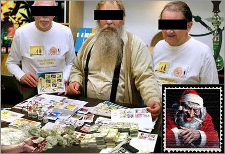 """Piller, pulver och pipor såldes liksom LSD-trippar som maskerades via de s.k """"julfrimärkena""""."""