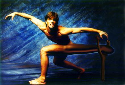 Efter ett år intensiv träning på Dalikliniken fick Viggo gå med klyka under skinkan
