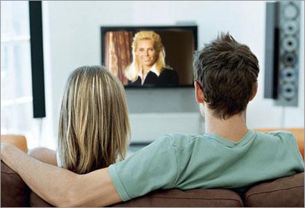 Att titta på dokusåpor på en stor platt-tv är livets mening.
