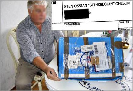 Sten Ossian och avin från Posten från 1999 som satte igång förolämpningskarusellen