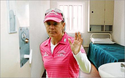 Annika Sörenstam anlände igår till kvinnofängelset Hinseberg.