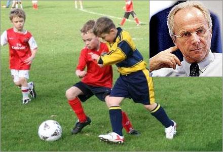Svennis nya jobbet är att coacha 11-åringar i laget Nottingham Young Boys Club.