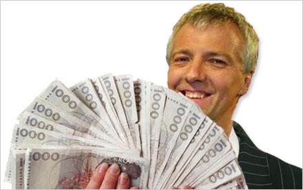 Sefastsson får behålla pengarna, men tvingas byta namn.
