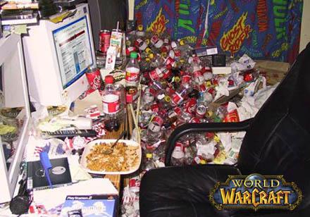 Hängivna World of Warcraft-spelare lever vid sin dator.